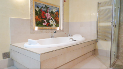 Modern-Villa-with-Pool-for-Sale-Lucca-Tuscany---AZ-Italian-Properties--27-