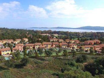 New-villa-with-pool-for-Sale-in-Grimaud-Gulf-of-Saint-Tropez--10-