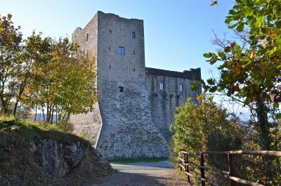 Castle-for-Sale-Italy-Lunigiana-Tuscany---AZ-Italian-Properties--1-