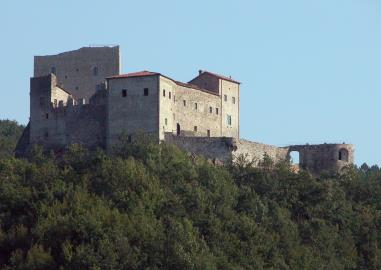 Castle-for-Sale-Italy-Lunigiana-Tuscany---AZ-Italian-Properties--13-