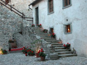 Castle-for-Sale-Italy-Lunigiana-Tuscany---AZ-Italian-Properties--16-