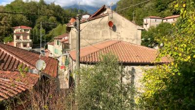 AZ-Italian-Properties---Properties-for-Sale-Lunigiana---Bagnone-Lunigiana--7-