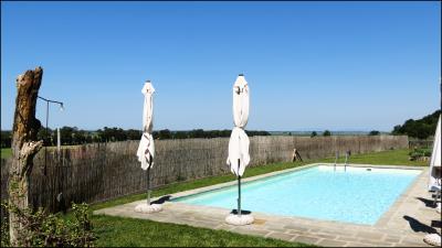 Villa-with-Pool-ans-Spa-for-Sale-Tuscany---B-B-for-Sale-Pisa-Tuscany---AZ-Italian-Properties---Luxury-Properties-Italy--22-