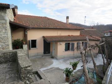 House-fo-sale-Lunigiana--AZ-Italian-Properties--17-