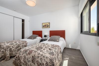 P1000835_Salinas_Dormitorio