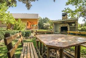 Image No.14-6 Bed Chalet for sale