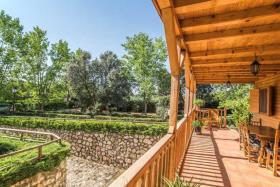 Image No.15-6 Bed Chalet for sale