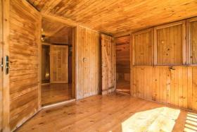 Image No.18-6 Bed Chalet for sale