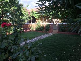 Valdepeñas, Country House