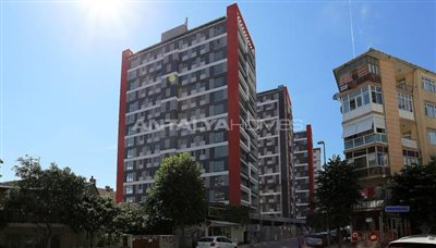 restful-istanbul-apartments-next-to-the-shore-of-the-lake-002