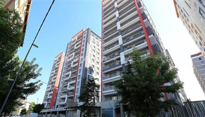 restful-istanbul-apartments-next-to-the-shore-of-the-lake-001