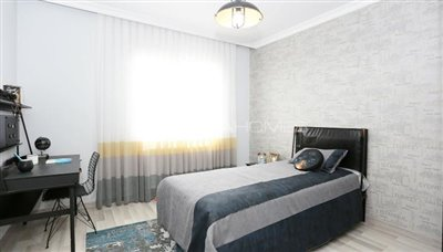 restful-istanbul-apartments-next-to-the-shore-of-the-lake-interior-010