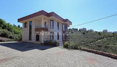 4-storey-house-with-full-sea-view-in-ortahisar-trabzon-001