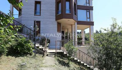 4-storey-house-with-full-sea-view-in-ortahisar-trabzon-009