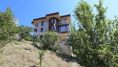 4-storey-house-with-full-sea-view-in-ortahisar-trabzon-010