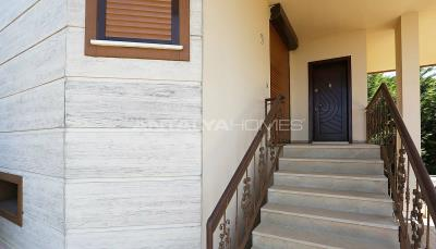 4-storey-house-with-full-sea-view-in-ortahisar-trabzon-013