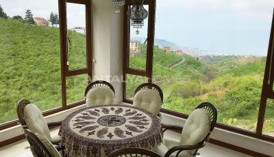 4-storey-house-with-full-sea-view-in-ortahisar-trabzon-interior-003
