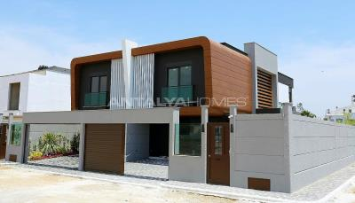 contemporary-villas-with-smart-home-system-in-kundu-002