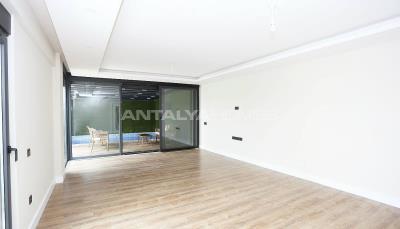 contemporary-villas-with-smart-home-system-in-kundu-interior-001