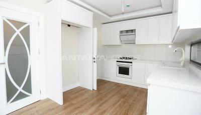 contemporary-villas-with-smart-home-system-in-kundu-interior-005