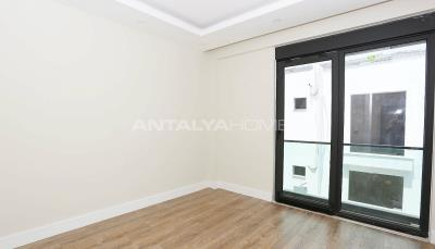 contemporary-villas-with-smart-home-system-in-kundu-interior-009