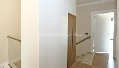 contemporary-villas-with-smart-home-system-in-kundu-interior-022