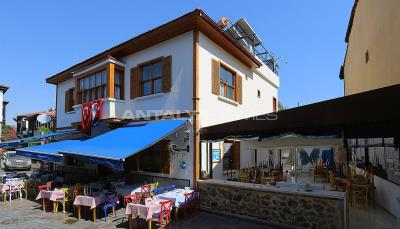 well-located-commercial-property-in-kaleici-antalya-002