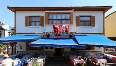 well-located-commercial-property-in-kaleici-antalya-003