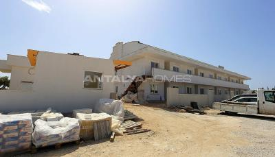 antalya-apartments-with-independent-entrance-to-the-pool-construction-004