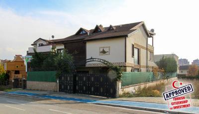 spacious-villa-in-bursa-nilufer-with-well-designed-garden-main