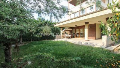 spacious-villa-in-bursa-nilufer-with-well-designed-garden-002