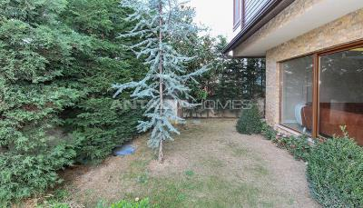 spacious-villa-in-bursa-nilufer-with-well-designed-garden-003