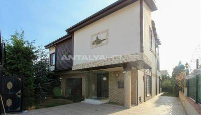 spacious-villa-in-bursa-nilufer-with-well-designed-garden-005