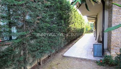 spacious-villa-in-bursa-nilufer-with-well-designed-garden-004