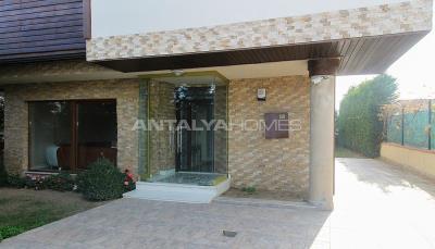 spacious-villa-in-bursa-nilufer-with-well-designed-garden-006