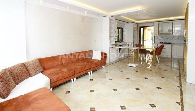 spacious-villa-in-bursa-nilufer-with-well-designed-garden-interior-005