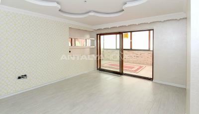 spacious-villa-in-bursa-nilufer-with-well-designed-garden-interior-009