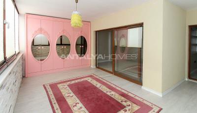 spacious-villa-in-bursa-nilufer-with-well-designed-garden-interior-010