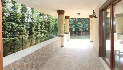 spacious-villa-in-bursa-nilufer-with-well-designed-garden-interior-021