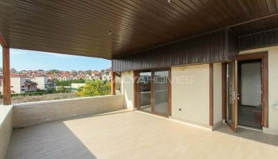 spacious-villa-in-bursa-nilufer-with-well-designed-garden-interior-022