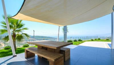furnished-luxury-villa-with-nature-and-sea-view-in-alanya-003
