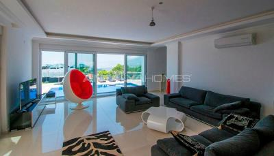 furnished-luxury-villa-with-nature-and-sea-view-in-alanya-interior-001