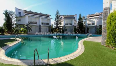 luxurious-triplex-villas-in-lara-antalya-1-km-to-the-beach-001