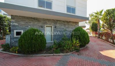 luxurious-triplex-villas-in-lara-antalya-1-km-to-the-beach-011