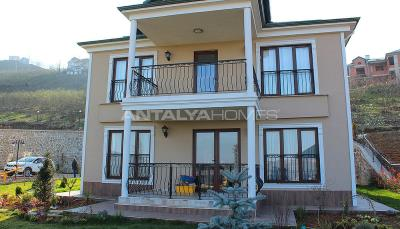 detached-5-2-villas-with-sea-view-in-trabzon-ortahisar-005