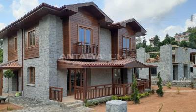 detached-stone-villas-in-trabzon-construction-001