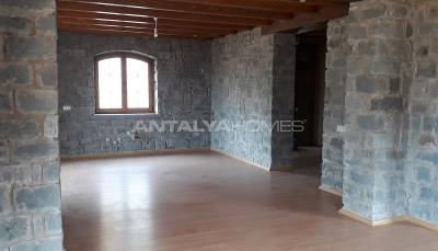 detached-stone-villas-in-trabzon-construction-012