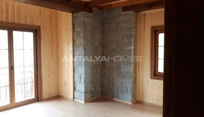 detached-stone-villas-in-trabzon-construction-013