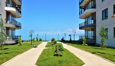 delightful-apartments-overlooking-yomra-bay-in-trabzon-002