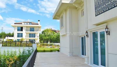 ultra-spacious-7-2-private-houses-with-lift-in-istanbul-004